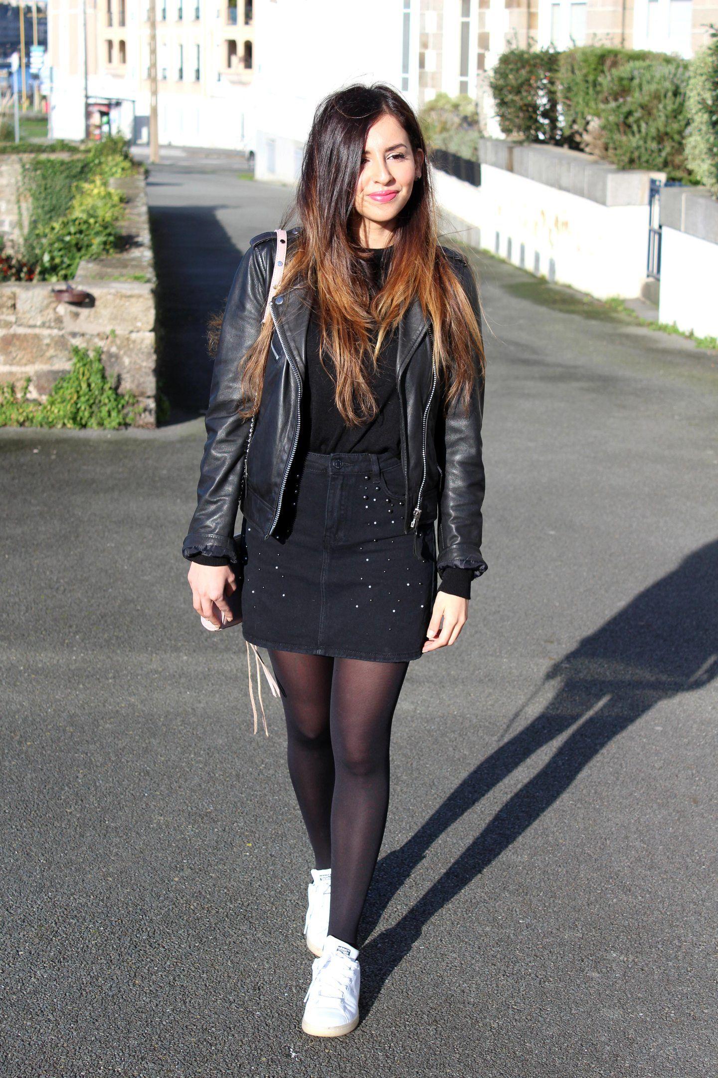 tenue jupe en jean collant noir