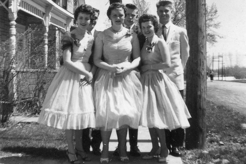 Comment s'habillaient les femmes en 1950 ?
